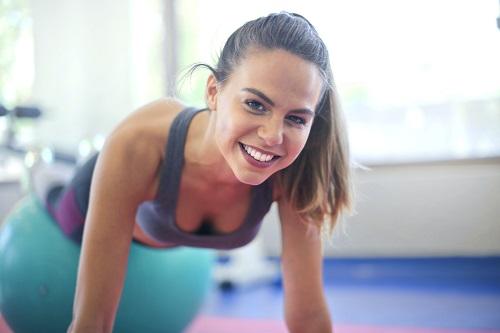 sonrisa - ¿Quién cuida al instructor de Pilates?