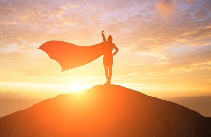 mujer cima capa - Mi Opinión Sobre el Éxito, por si te sirve